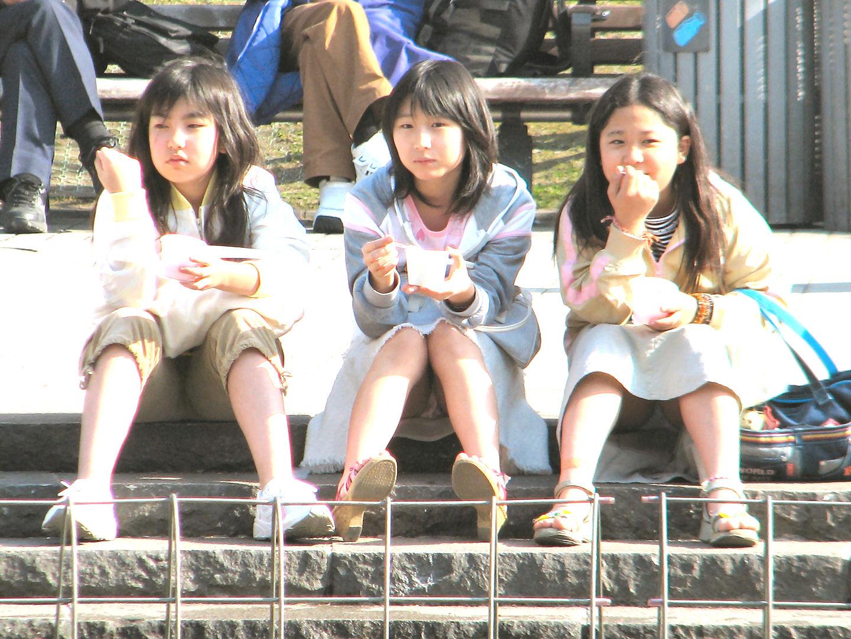 小学生のパンチラスレ 5人目YouTube動画>52本 ->画像>758枚